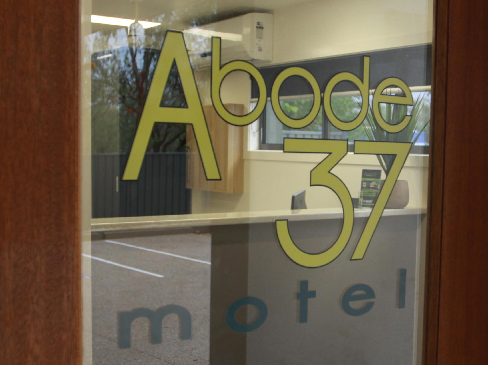 Abode37 Motel , Emerald