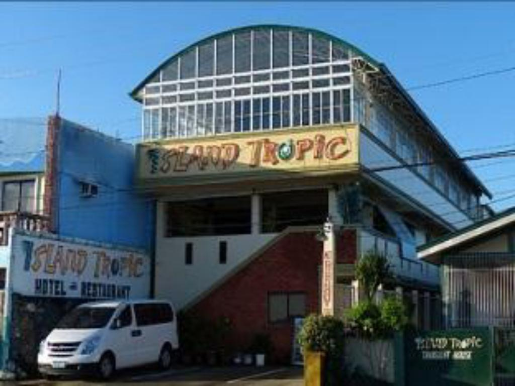 Best price on island tropic hotel and restaurant in for Hotel restaurant