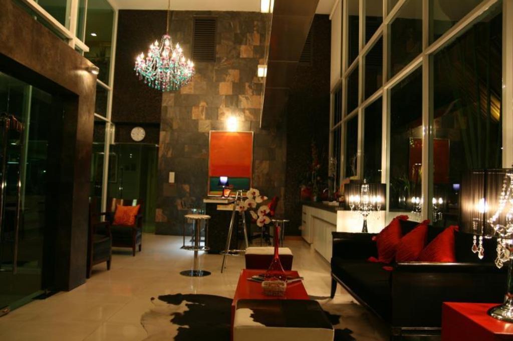 【Sukhumvit Hotel】CNC ヘリテージ アパートメンツ(CNC Heritage agoda)