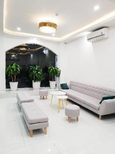 Khách sạn Center Quy Nhơn