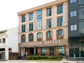 Classique Hotel (SG Clean Certified)