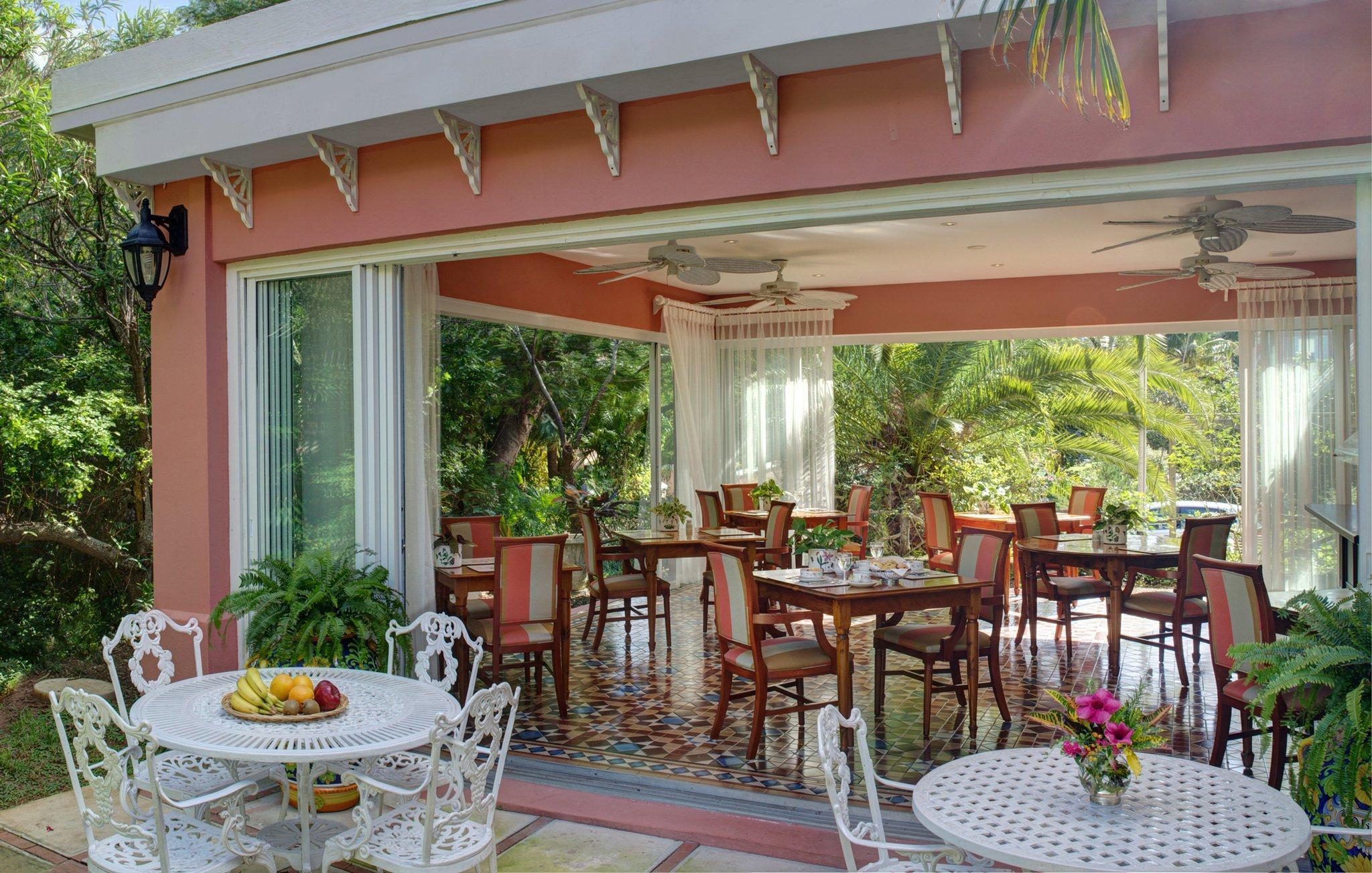 Royal Palms Hotel,