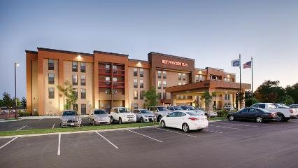 Best Western Plus Fresno Airport Hotel