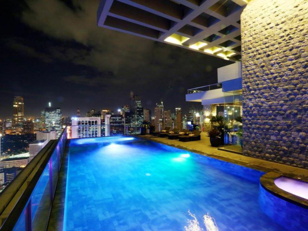 Best Price on City Garden Grand Hotel in Manila Reviews