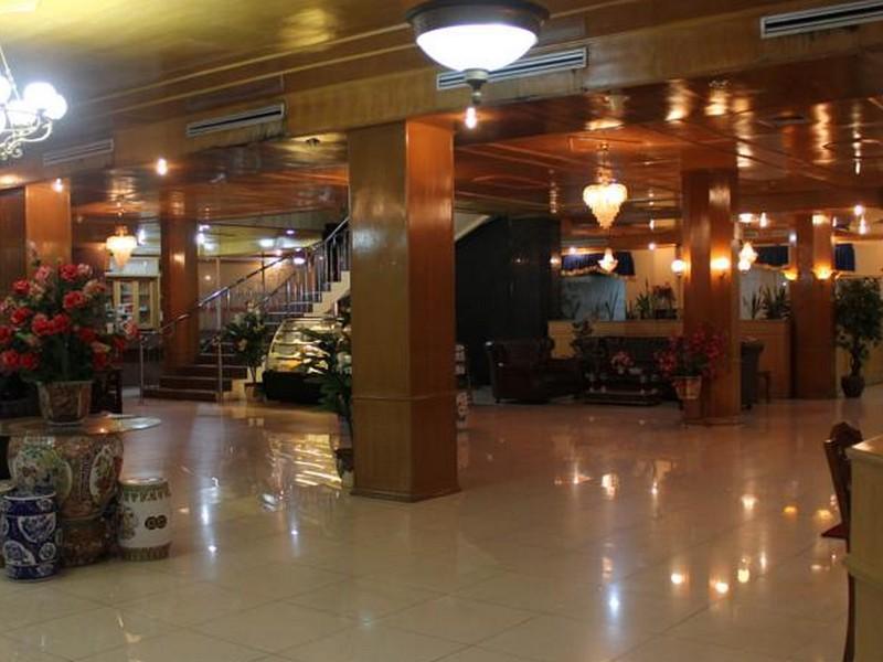 Hotel New Resty Menara