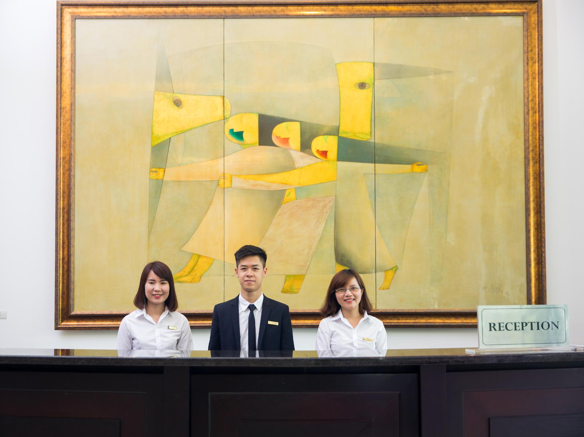 Khách Sạn Elegant Suites Westlake Hà Nội
