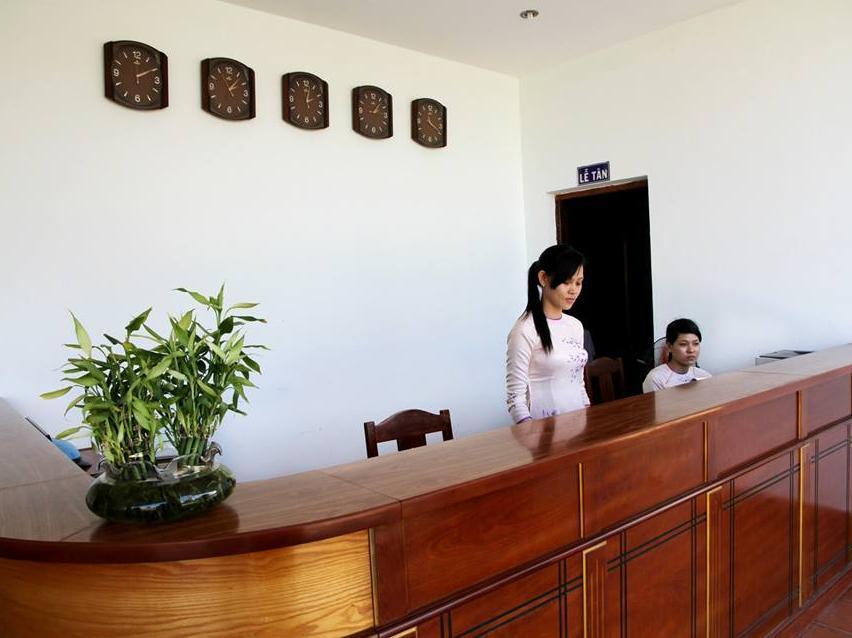 Khách Sạn Thanh Niên Mũi Né