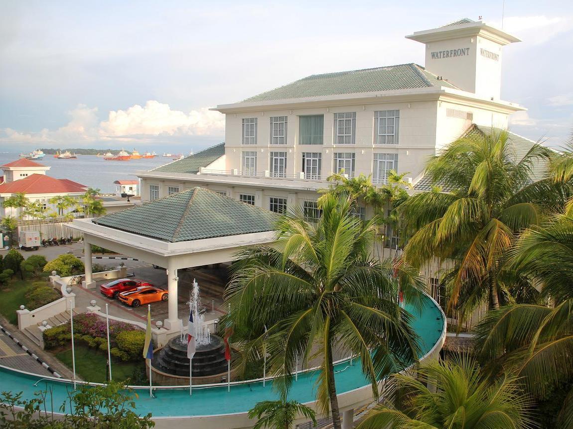Billion Waterfront Hotel, Labuan
