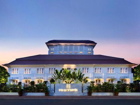 Best Hotels In Jakarta Indonesia Travel Guide