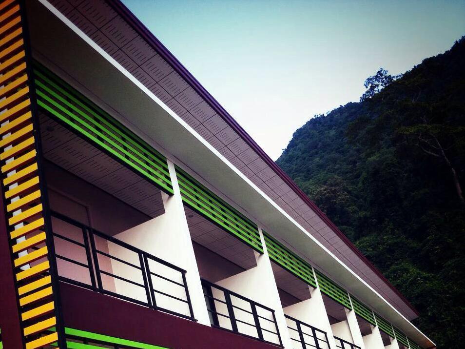 Chaison Hill Resort, Khanom