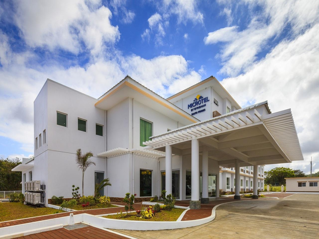 Microtel by Wyndham South Forbes - Nuvali Sta. Rosa, Biñan