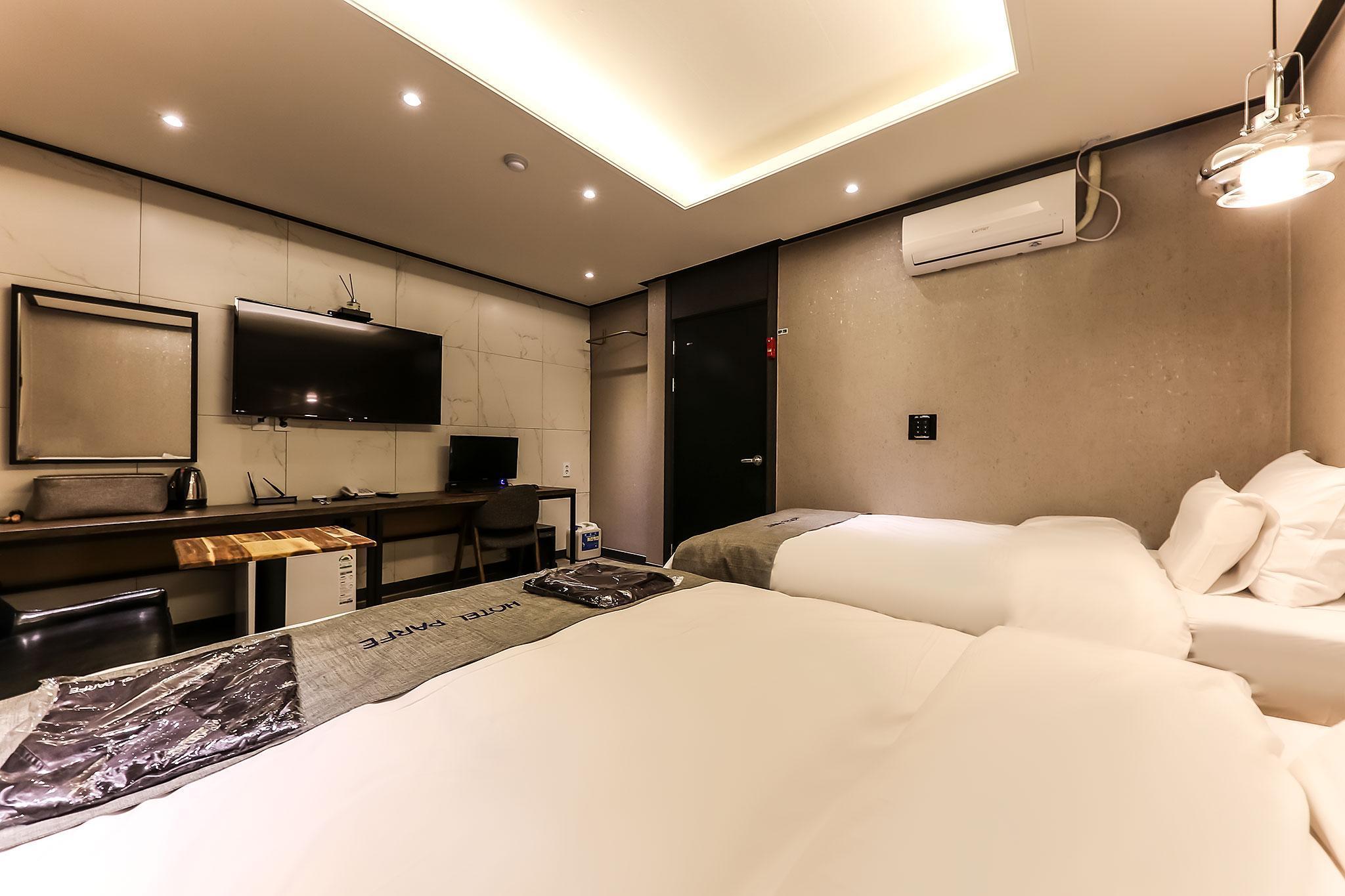 Hotel Parfe, Cheonan