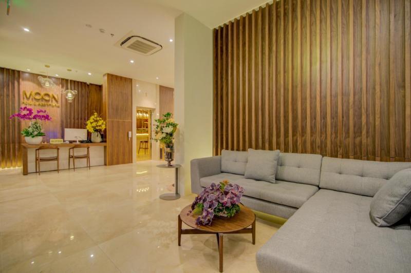 Moon hotel & apartment