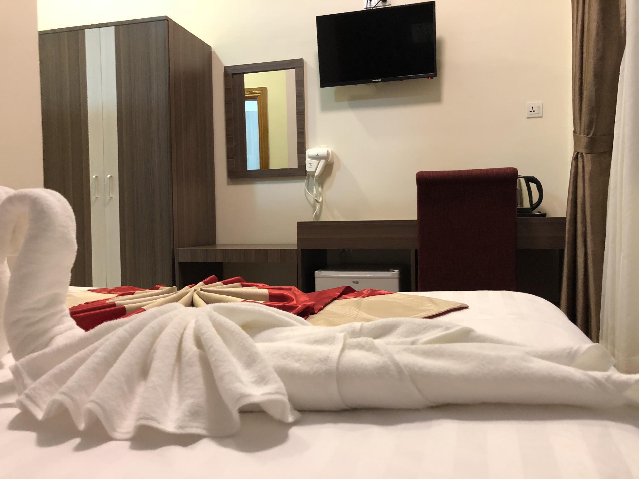 Hotel KS (Mawlamyaine), Mawlamyine