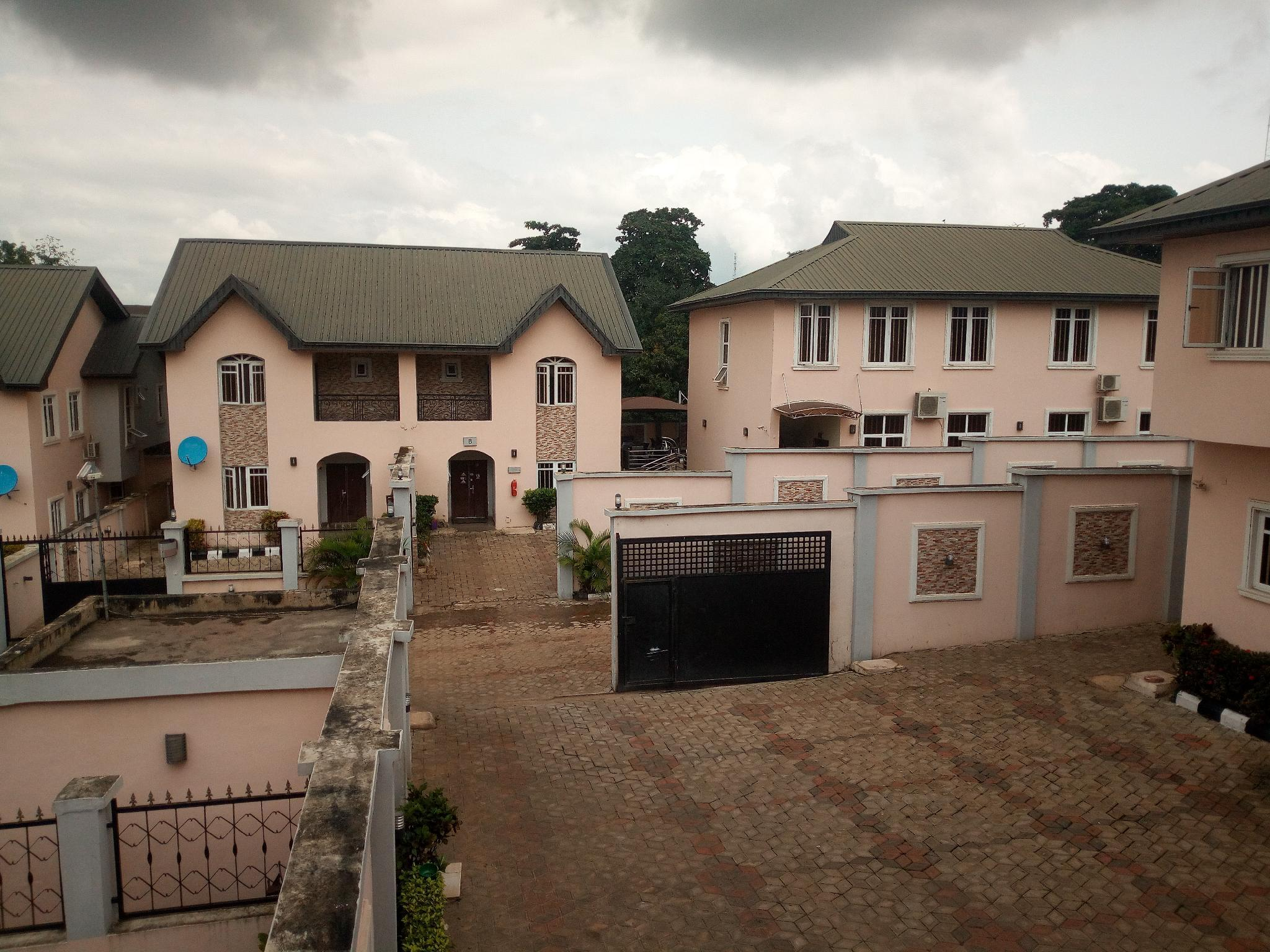 Bayse One Place, Jericho, IbadanNorth-West