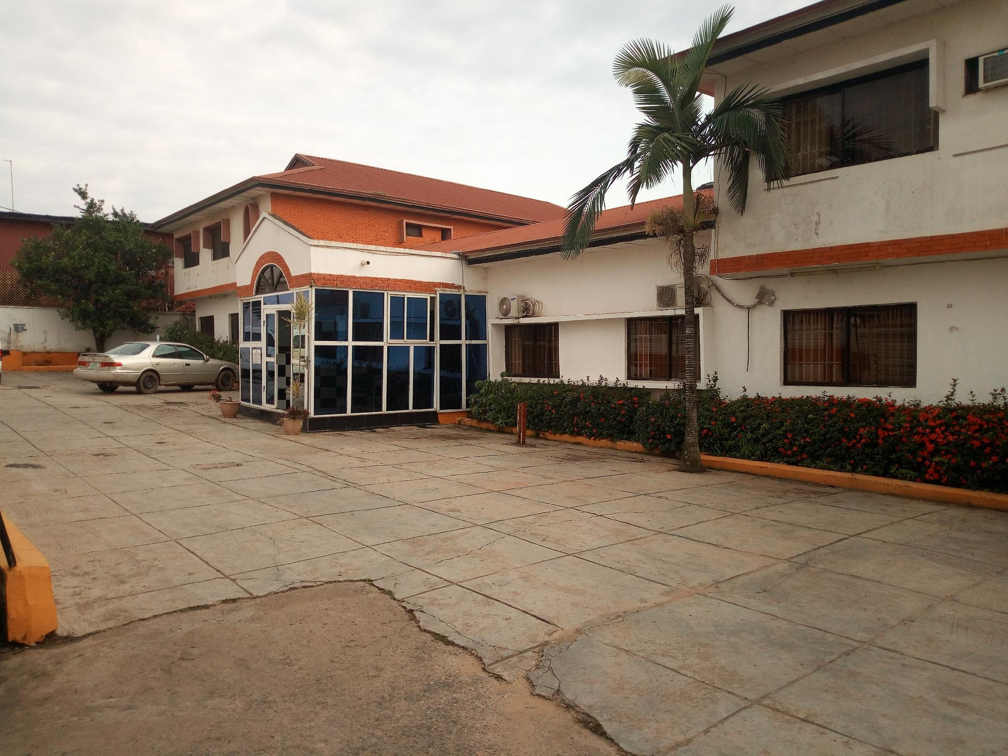 Crown Hotel, IbadanSouth-West