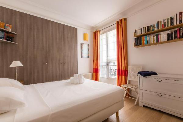 Family Stay Near Montparnasse Paris