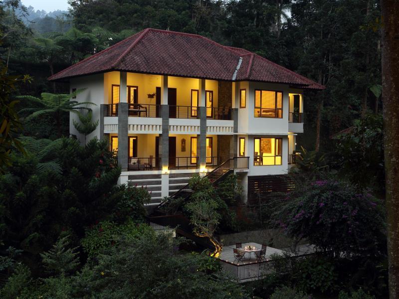 Plataran Puncak Villa