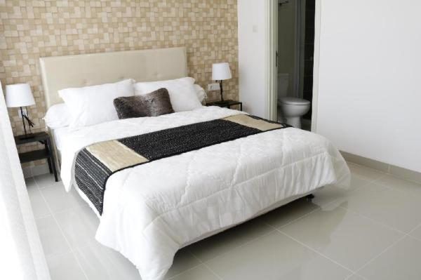 Modern entire house close to SMS,UMN,ICE Tangerang