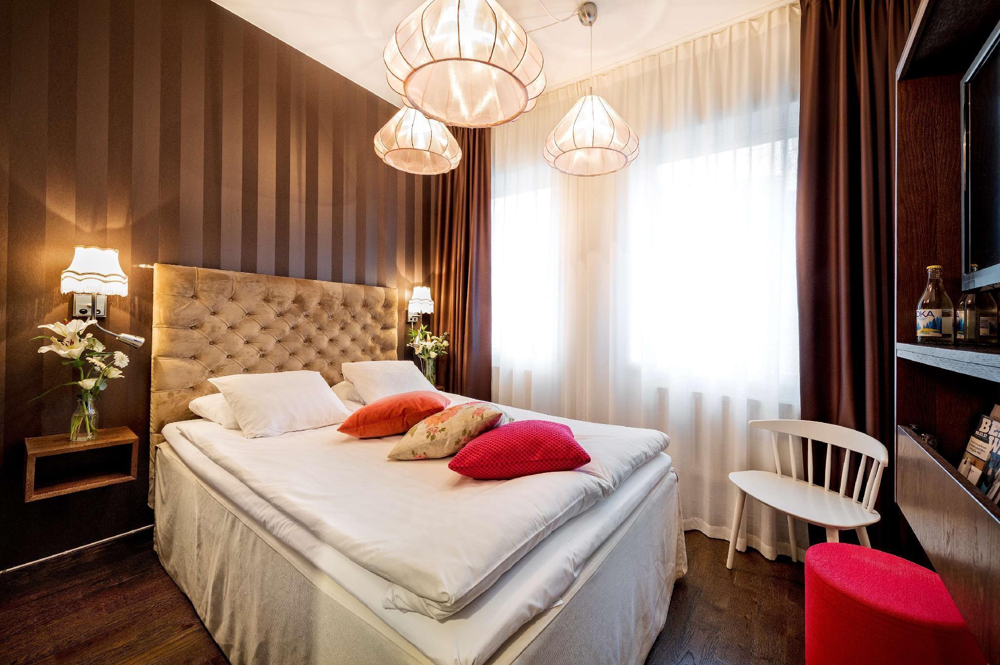 Best Western The Public Hotel, Österåker