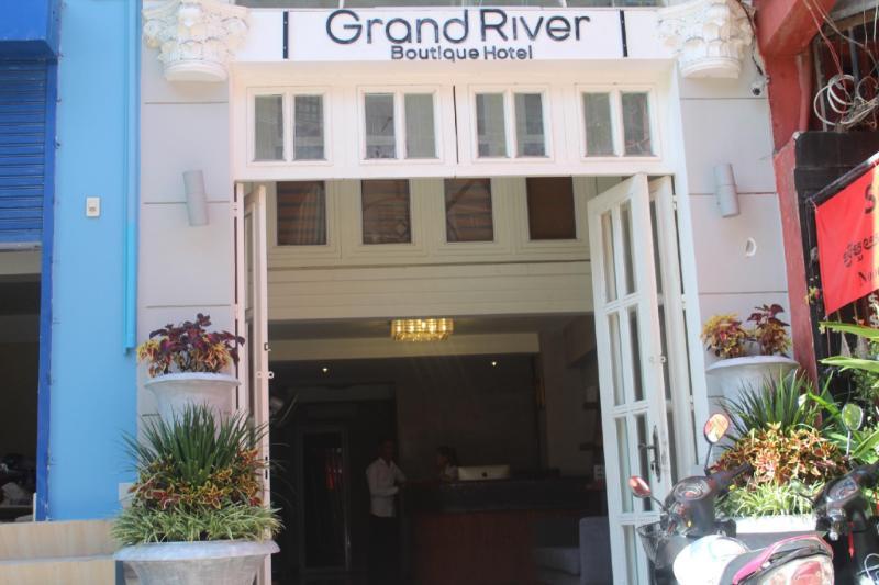 Grand River Boutique Hotel