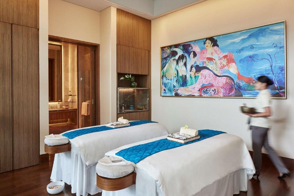 2427857eaa875c6610f8d15d42681e64 - Mengintip Hotel Mewah Tempat Menginap Rombongan Raja Arab di Jakarta, Berapa Tarifnya?