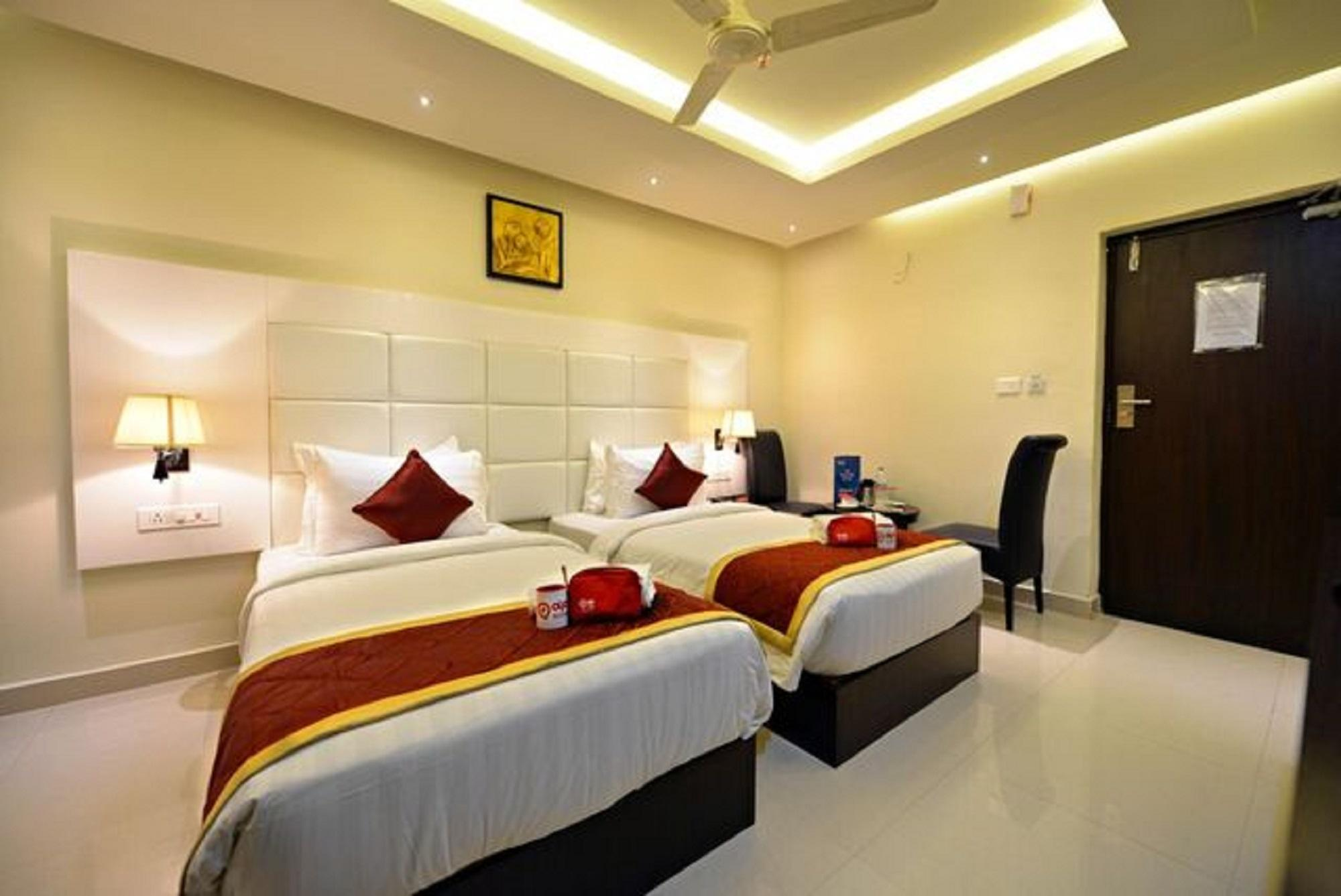Suraj Grand Hotel, Kurnool