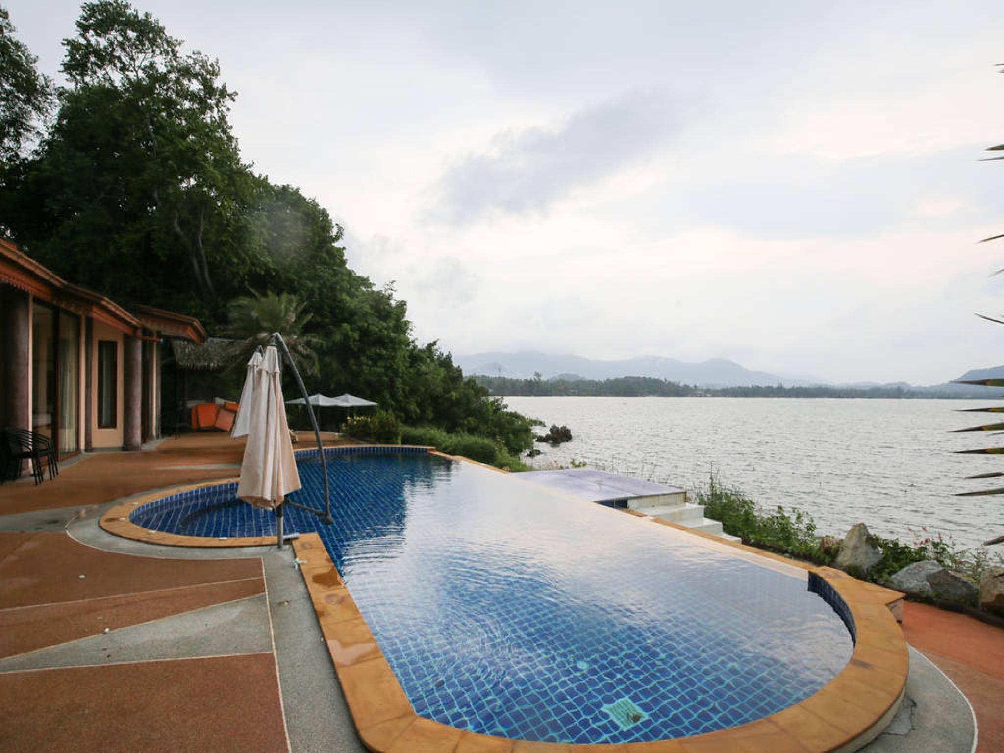 5 Bedroom Sea Front Villa -  Koh Phangan