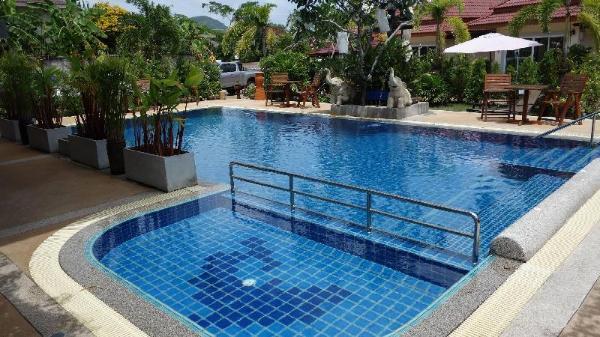 Baan Sooksiri Bangsaray Pattaya