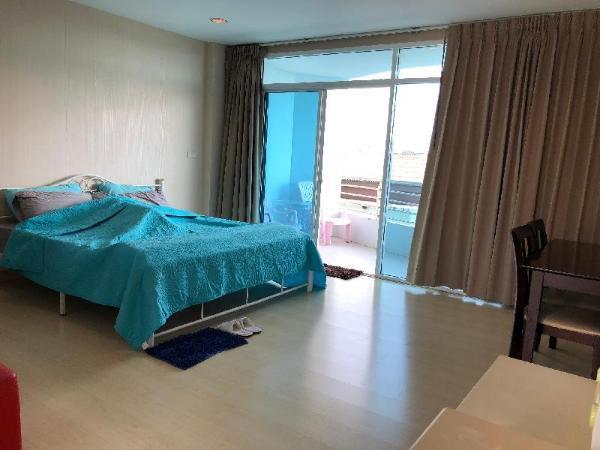The Beach Condominium Bangsean F5 Chonburi