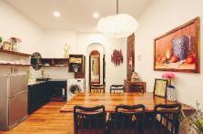 Elegant 2-Bedroom Suite in City Center