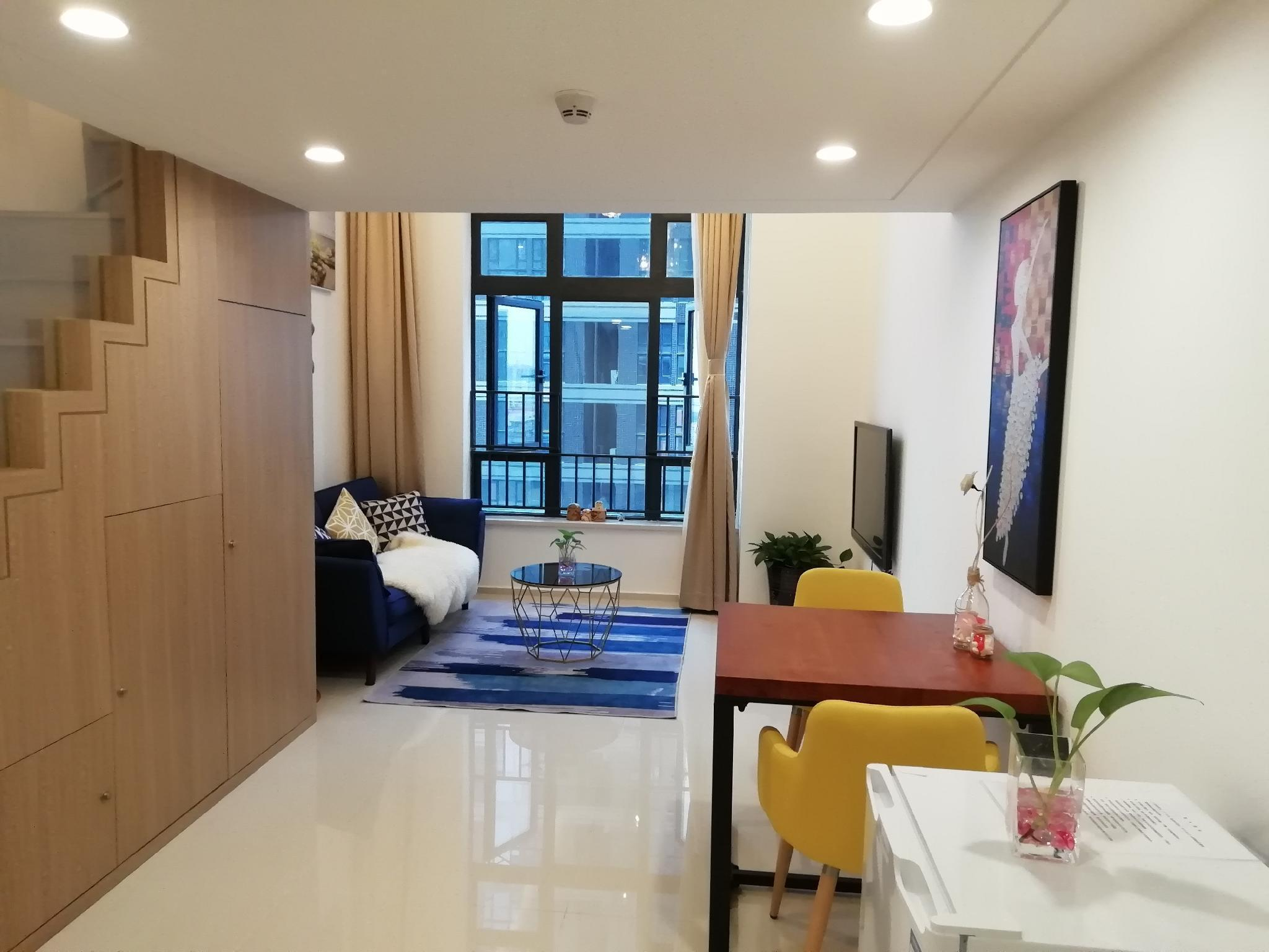 [Home sweet home]New loft apartment ,close to MTR