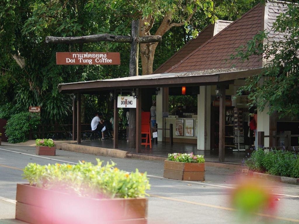 Best Price on Doi Tung Lodge in Mae Sai (Chiang Rai) + Reviews