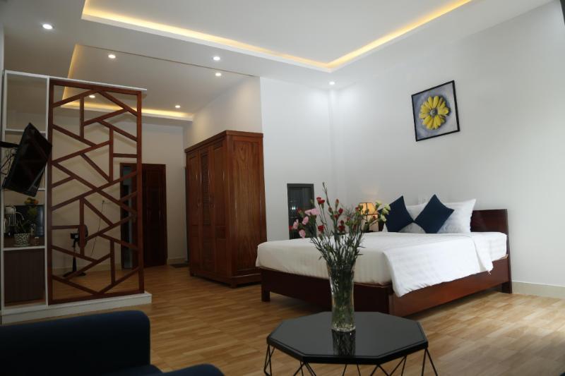 YOLO Apartment Homes