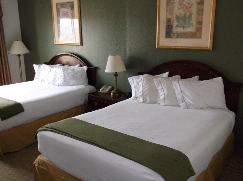 Holiday Inn Express & Suites Montgomery, Orange