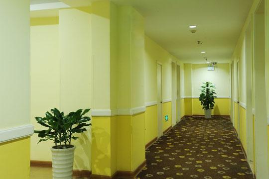 Home Inn Hotel Yantai Yinchun Avenue, Yantai