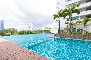 [SeaView & Netflix]  SkySuite near R&F Mall & CIQ, Johor Bahru