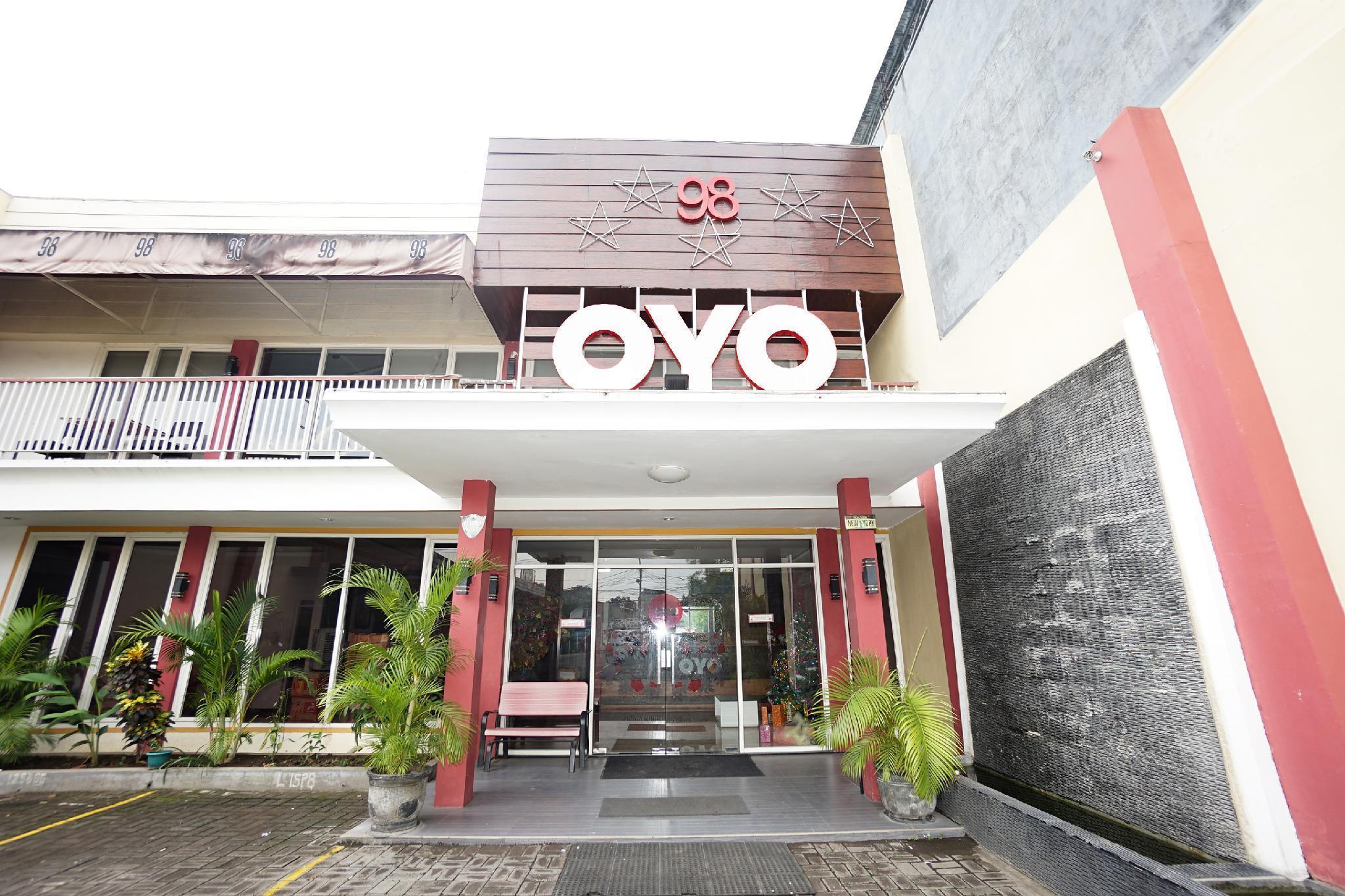 OYO 255 98 Residence