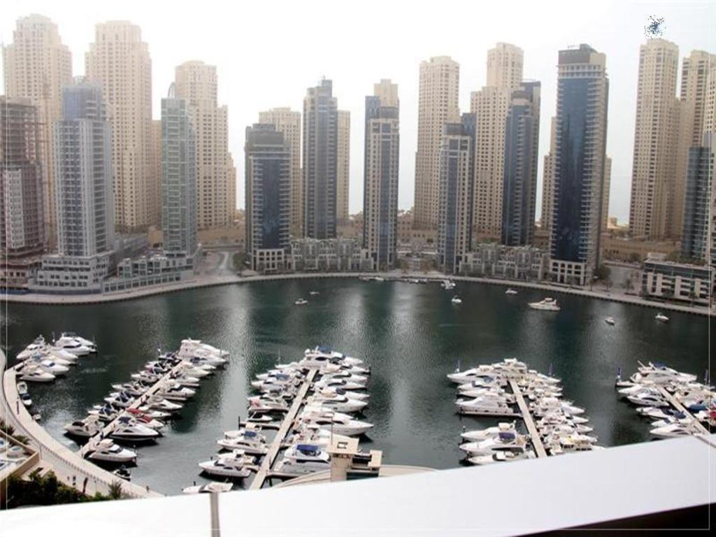 Best Price on Dubai Apartments - Dubai Marina - Horizon Tower in Dubai + Reviews!