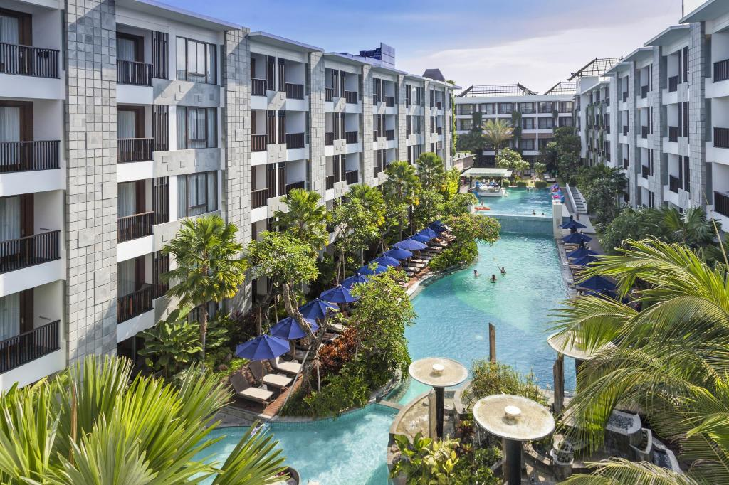 Luxury Hotels close to the beach