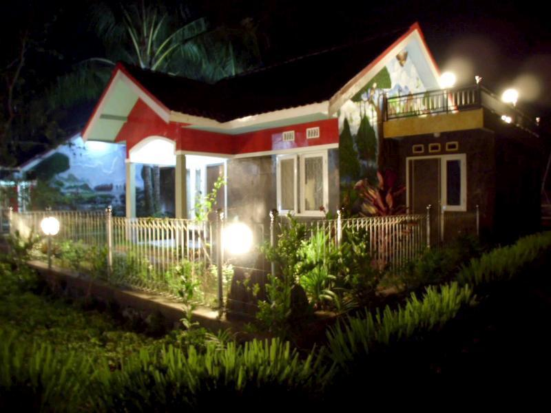 Cottage Gunung Sepikul, Jember