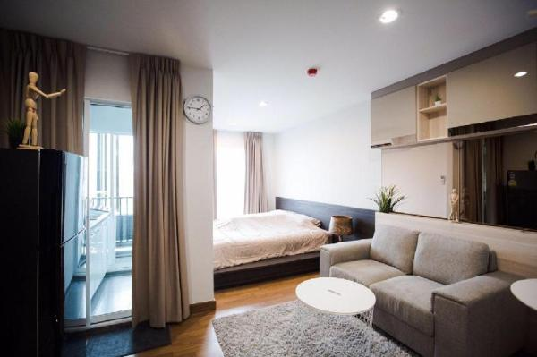 Modern & Comfy Studio - 300 M from MRT Bangkok