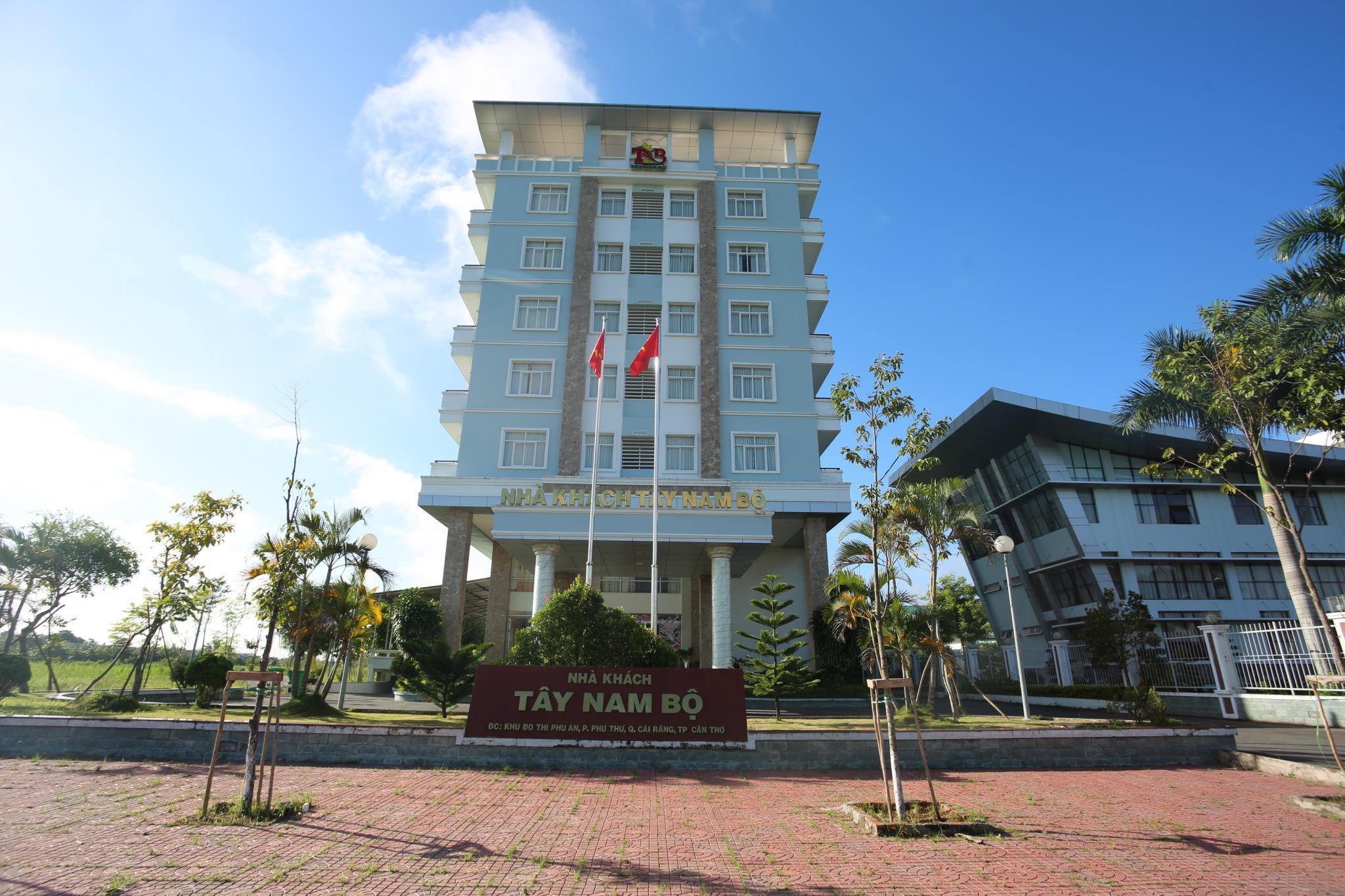 Tay Nam Bo Guest House, Cái Răng