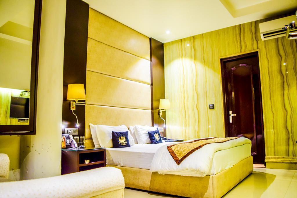 Hotel Puran Palace, Ambala