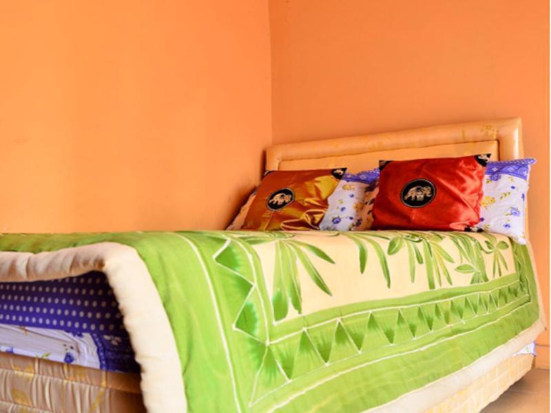 D Fafifa Guest House, Bandung