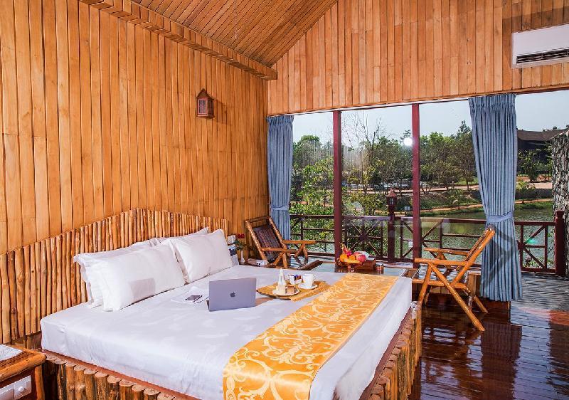 Shwe Pyi Resort Hotel Mingaladon in Myanmar