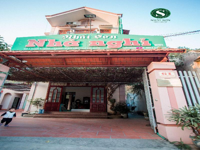 nhat son guesthouse