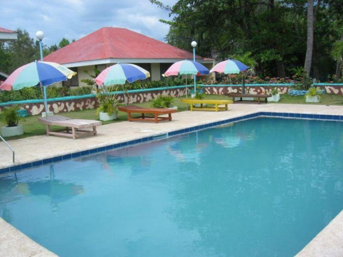 Best price on looc garden beach resort in cebu reviews for Ecr beach resorts with swimming pool prices