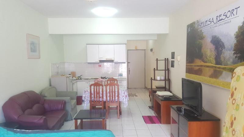 Stay with Comfort at Selesa Hillhomes - T11GGA