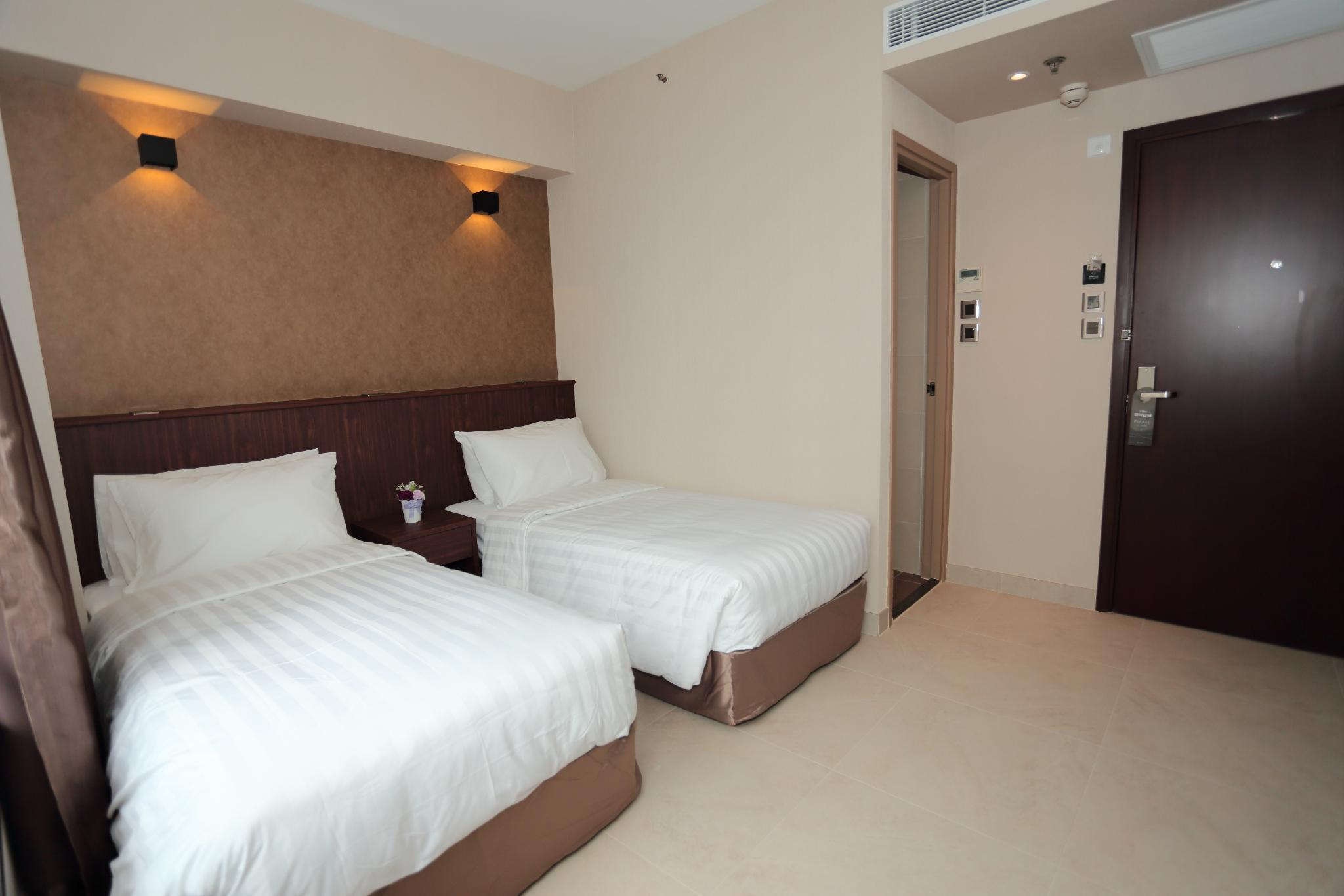 WE Hotel, Central and Western
